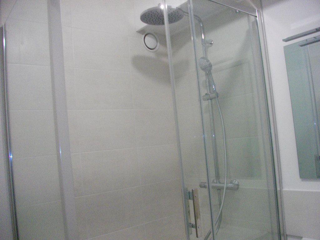 Appartement à louer 2 55.4m2 à Bourges vignette-6