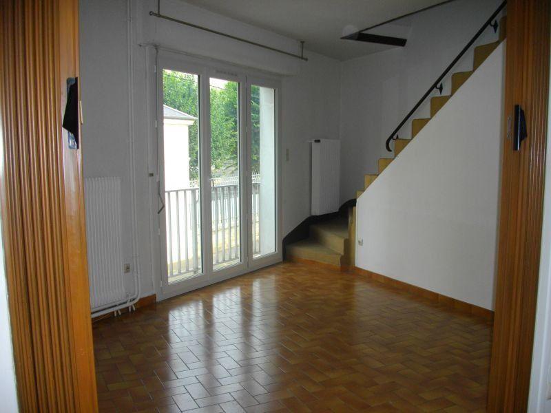 Appartement à louer 2 50m2 à Bourges vignette-1