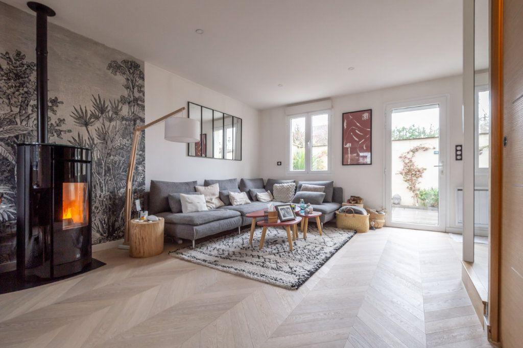 Maison à vendre 4 120m2 à Le Perreux-sur-Marne vignette-1