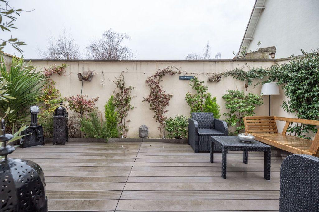 Maison à vendre 4 120m2 à Le Perreux-sur-Marne vignette-2