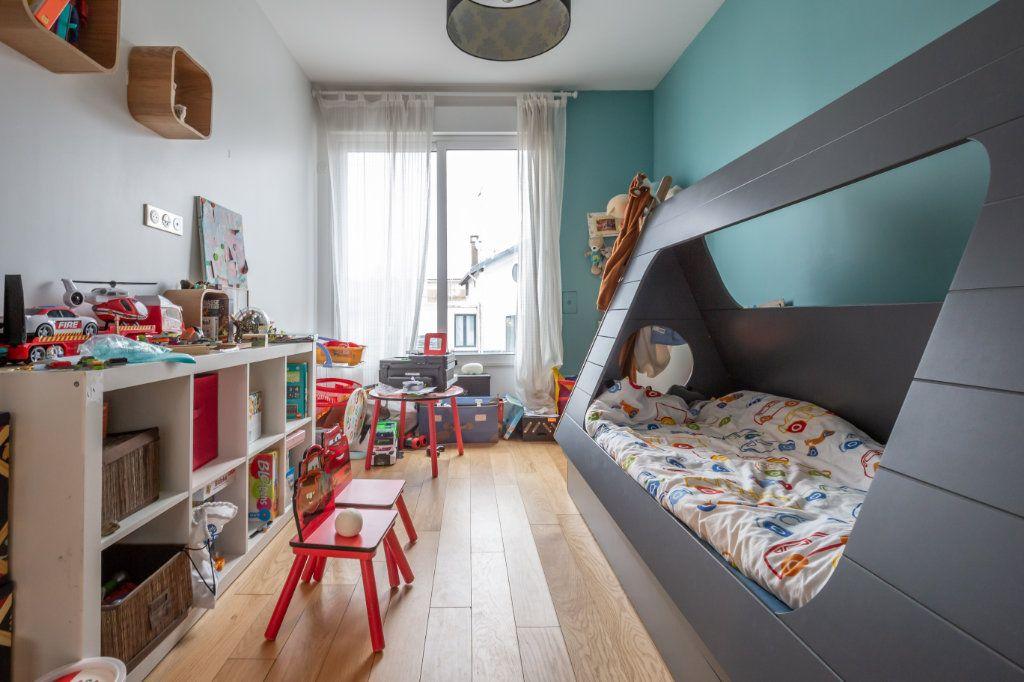 Maison à vendre 4 120m2 à Le Perreux-sur-Marne vignette-4