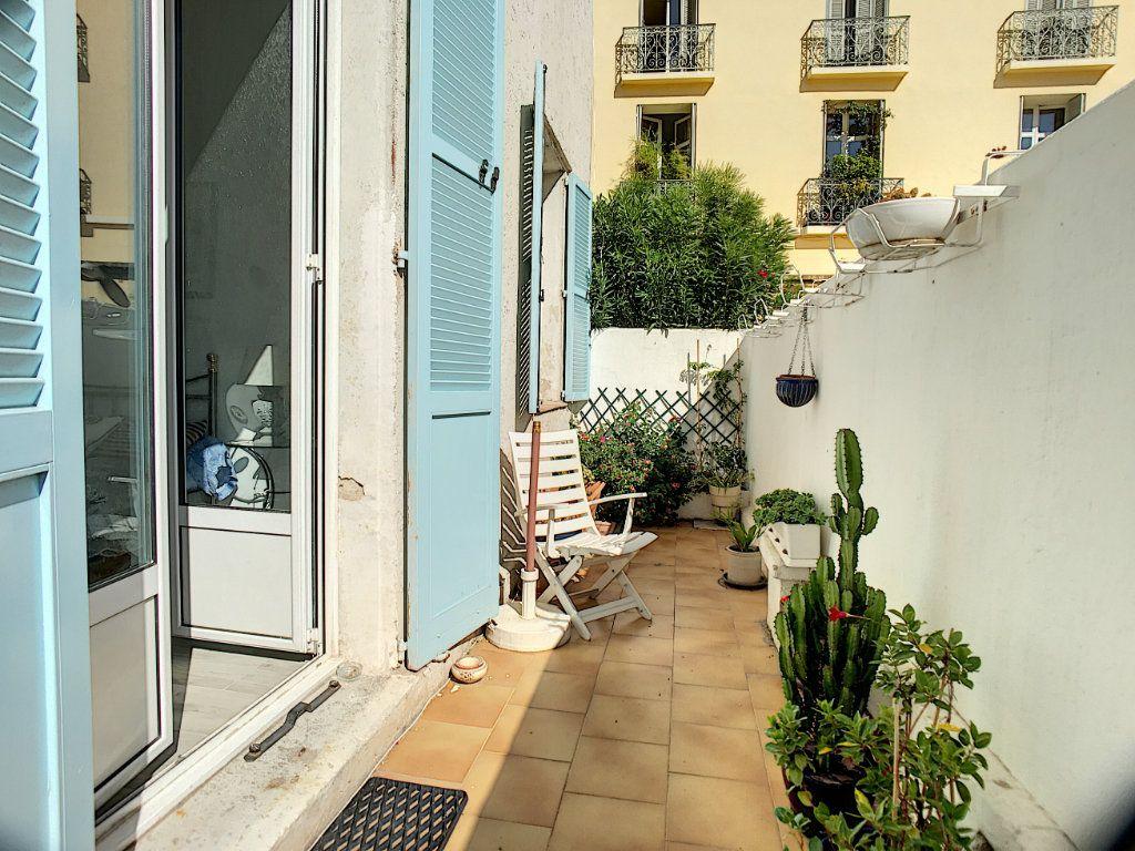 Appartement à vendre 2 48.67m2 à Cannes vignette-1