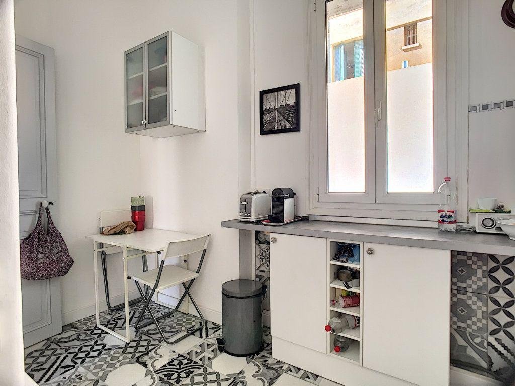 Appartement à vendre 2 48.67m2 à Cannes vignette-4