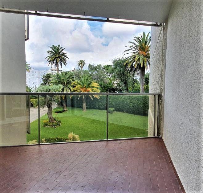 Appartement à vendre 1 28m2 à Cannes vignette-2