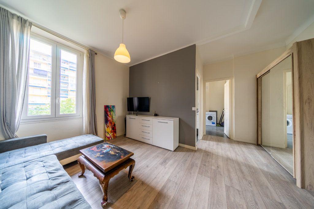 Appartement à vendre 2 46.79m2 à Cannes vignette-1