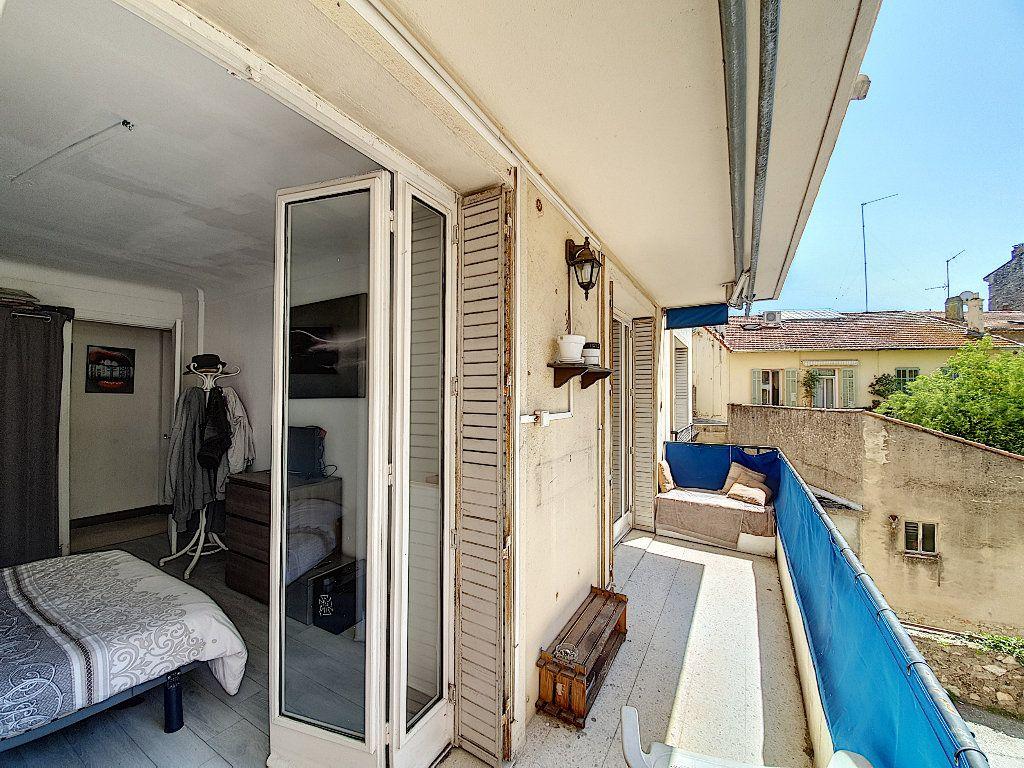 Appartement à vendre 4 68m2 à Cannes vignette-1