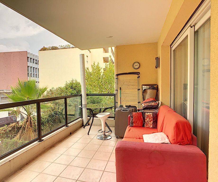 Appartement à vendre 2 48.12m2 à Cannes vignette-2