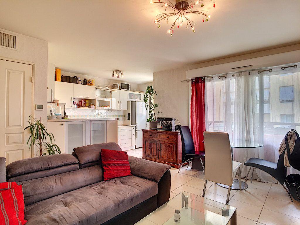 Appartement à vendre 2 48.12m2 à Cannes vignette-4