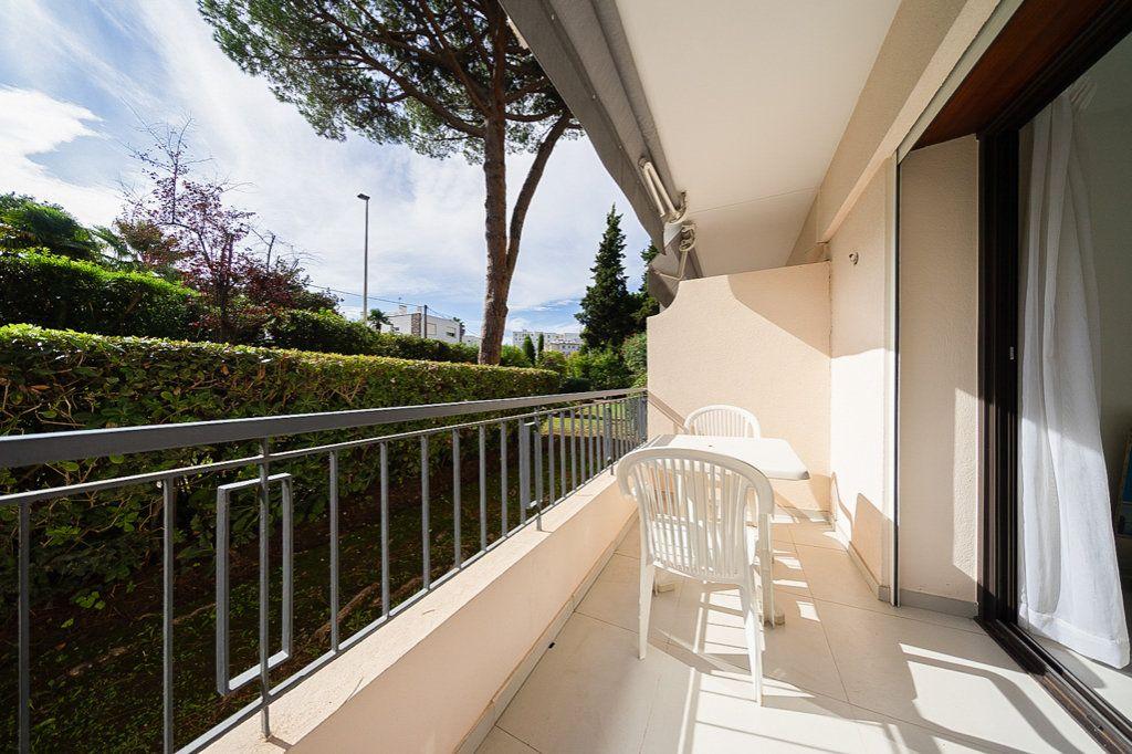 Appartement à vendre 1 29m2 à Cannes vignette-1
