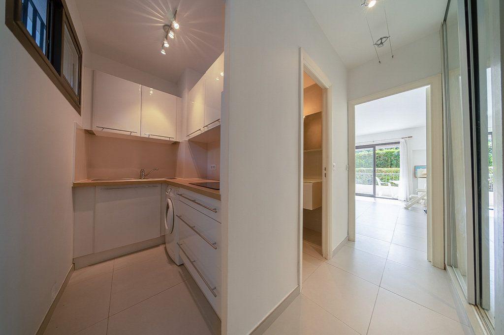 Appartement à vendre 1 29m2 à Cannes vignette-6