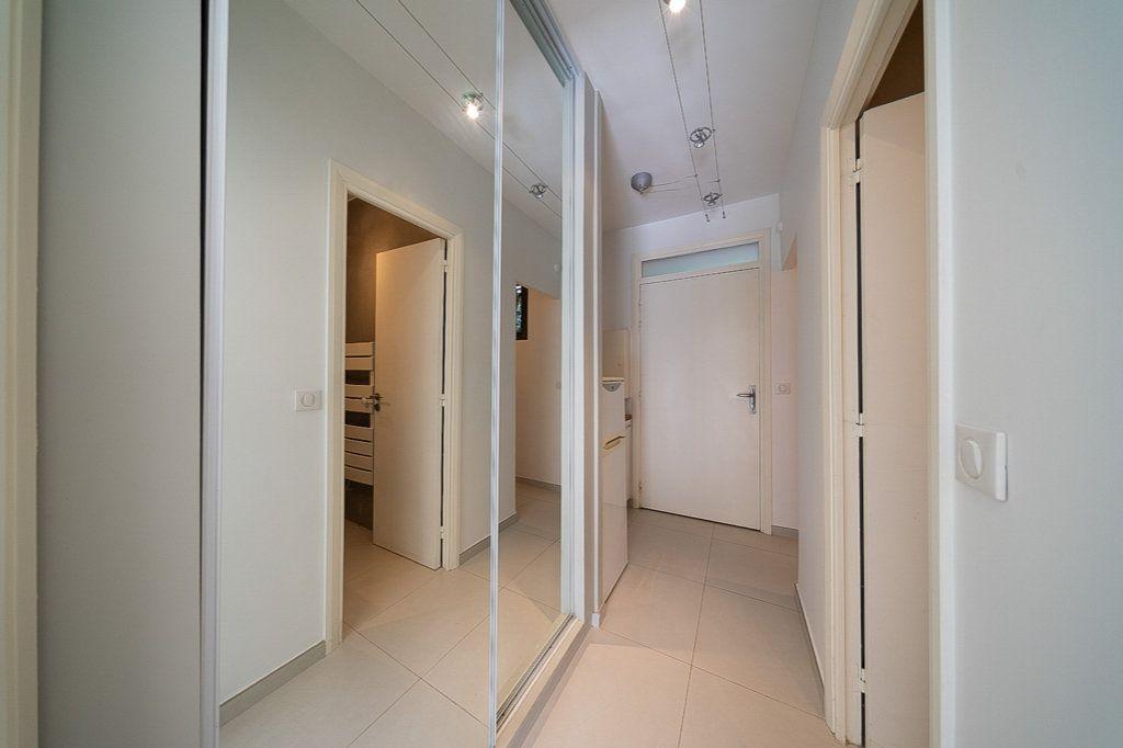 Appartement à vendre 1 29m2 à Cannes vignette-8