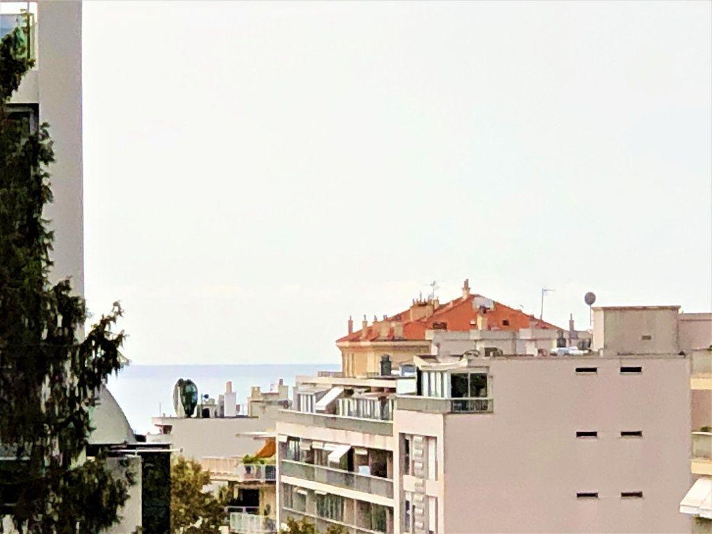 Appartement à vendre 2 45.14m2 à Cannes vignette-7
