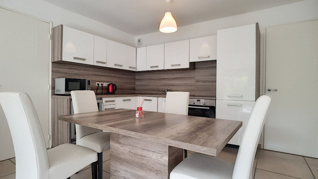 Appartement à vendre 3 72m2 à Cannes vignette-6