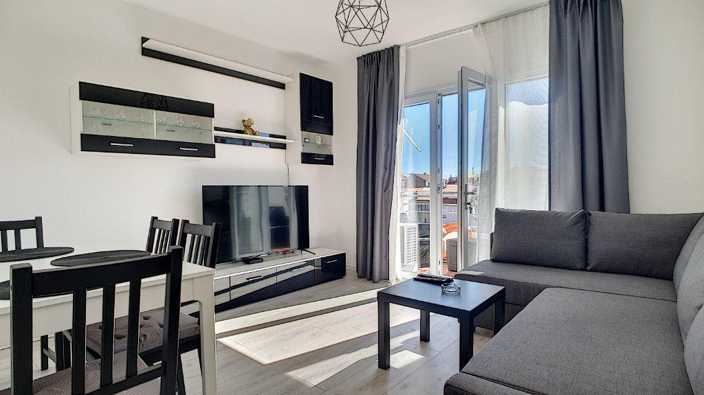 Appartement à vendre 2 37m2 à Cannes vignette-1