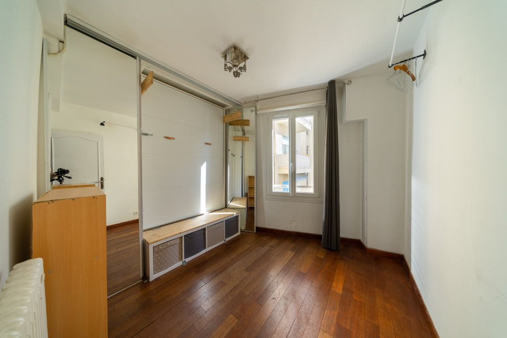 Appartement à vendre 3 46m2 à Cannes vignette-8