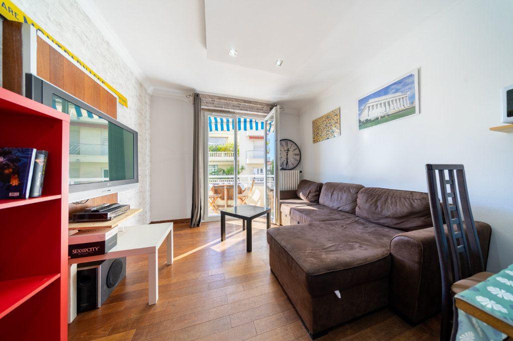 Appartement à vendre 2 46m2 à Cannes vignette-12