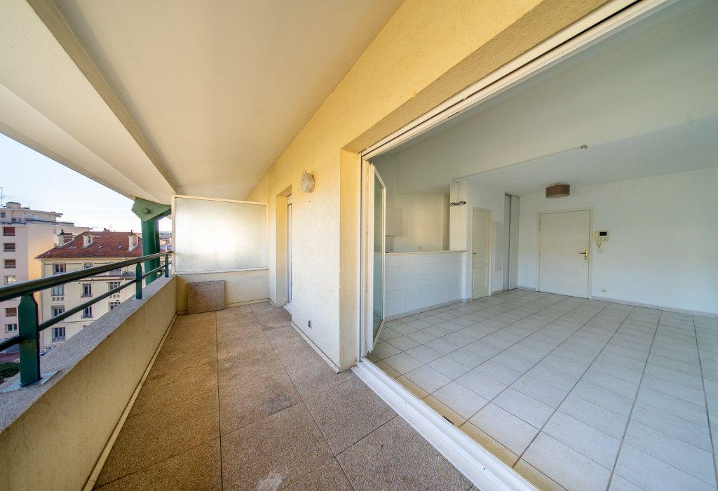 Appartement à vendre 3 59.3m2 à Cannes vignette-4