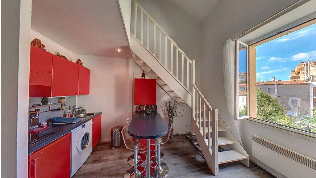 Appartement à vendre 2 37.03m2 à Cannes vignette-1