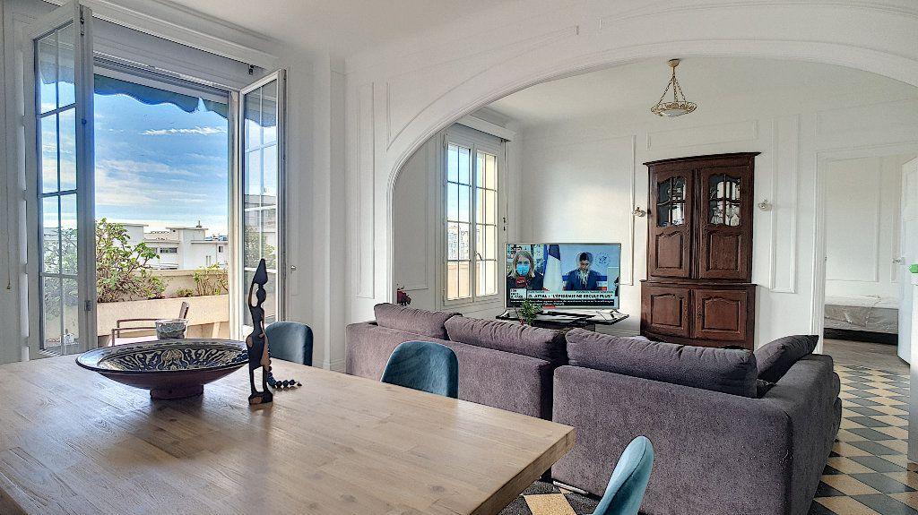 Appartement à vendre 5 116m2 à Cannes vignette-1