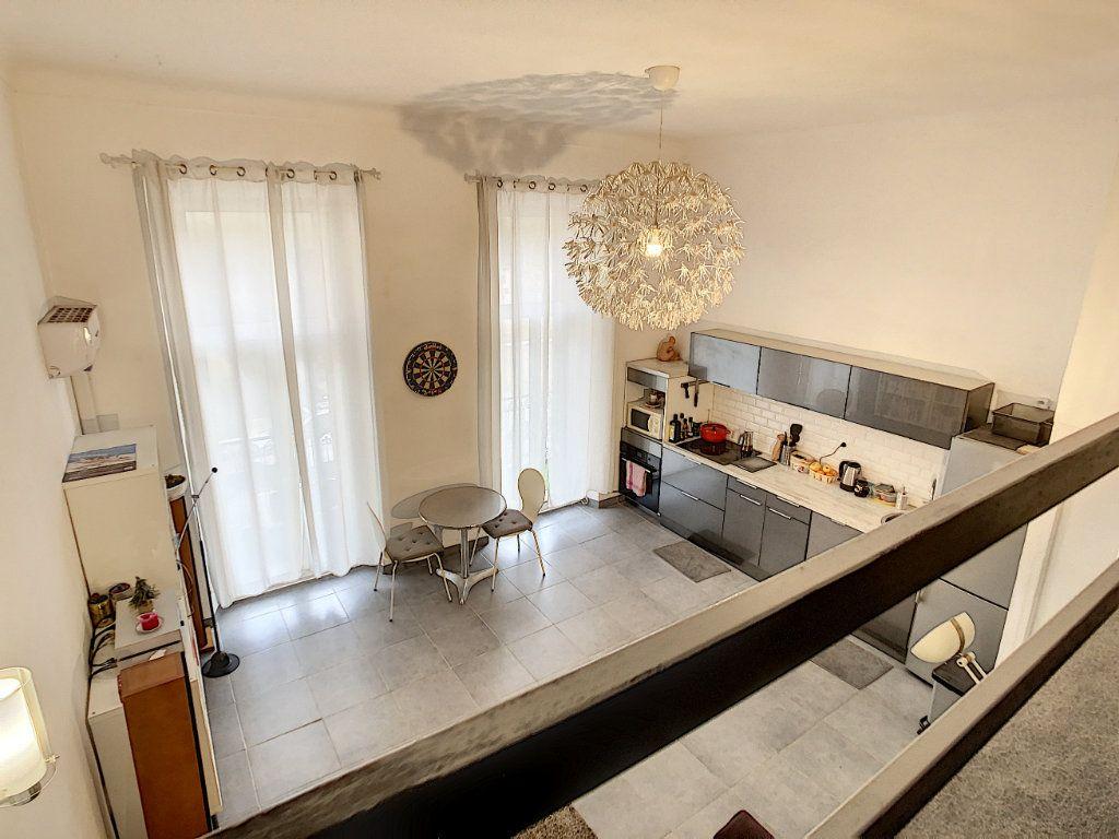 Appartement à vendre 3 55m2 à Cannes vignette-4