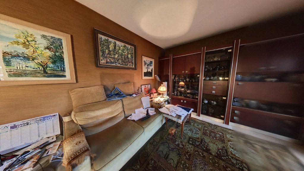 Appartement à vendre 2 55.56m2 à Cannes vignette-4
