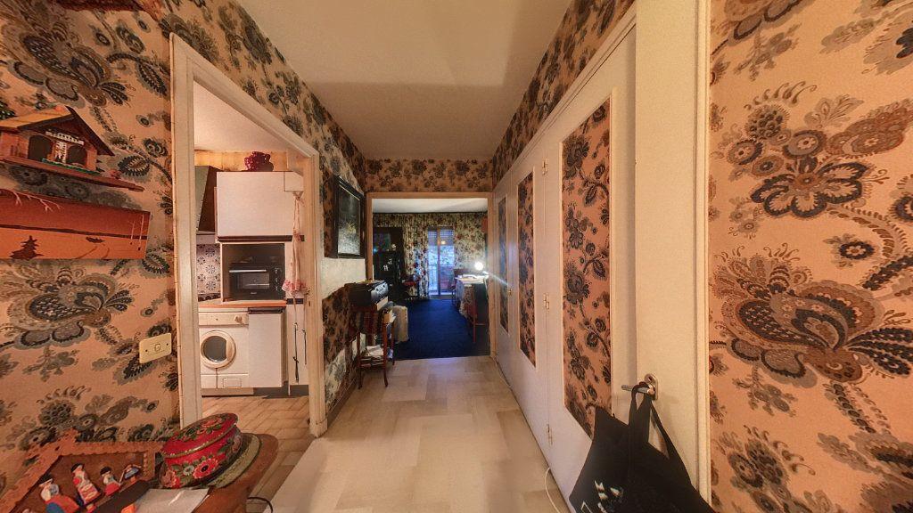Appartement à vendre 2 55.56m2 à Cannes vignette-8