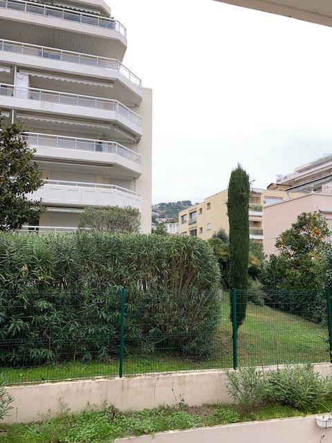 Appartement à vendre 1 20.28m2 à Cannes vignette-3