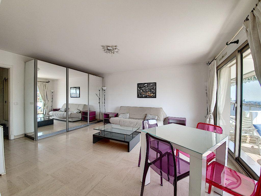 Appartement à vendre 1 35m2 à Cannes vignette-3