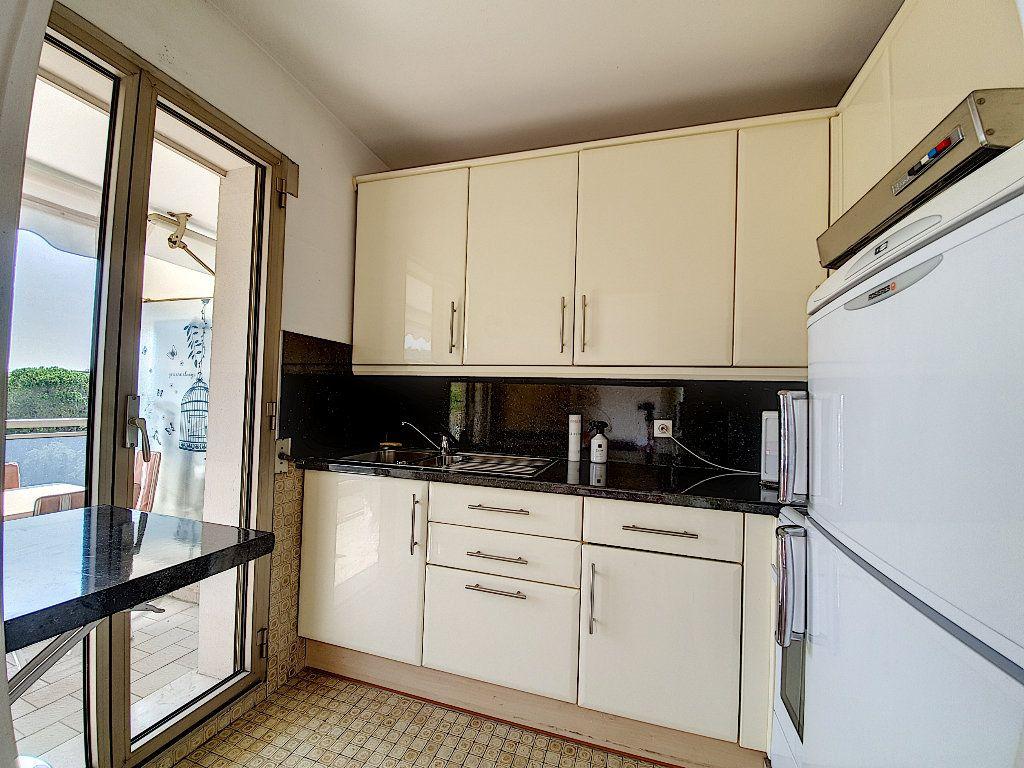 Appartement à vendre 1 35m2 à Cannes vignette-5