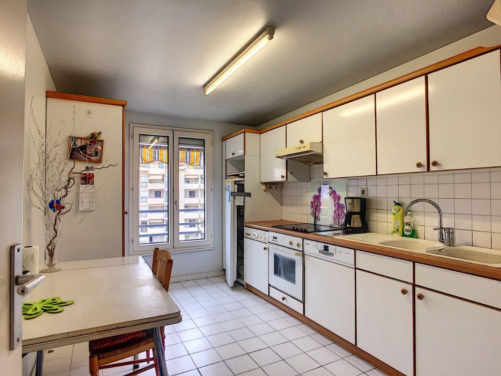 Appartement à vendre 3 90m2 à Cannes vignette-4