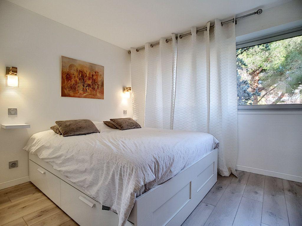 Appartement à vendre 2 49m2 à Cannes vignette-2