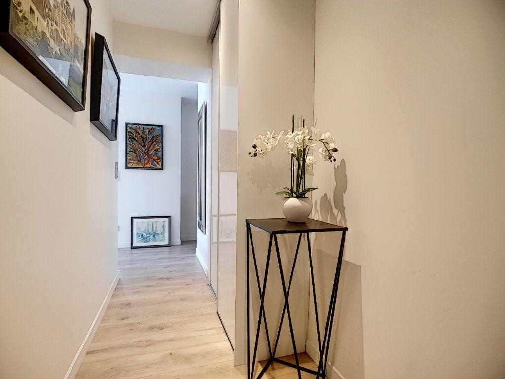 Appartement à vendre 2 49m2 à Cannes vignette-6