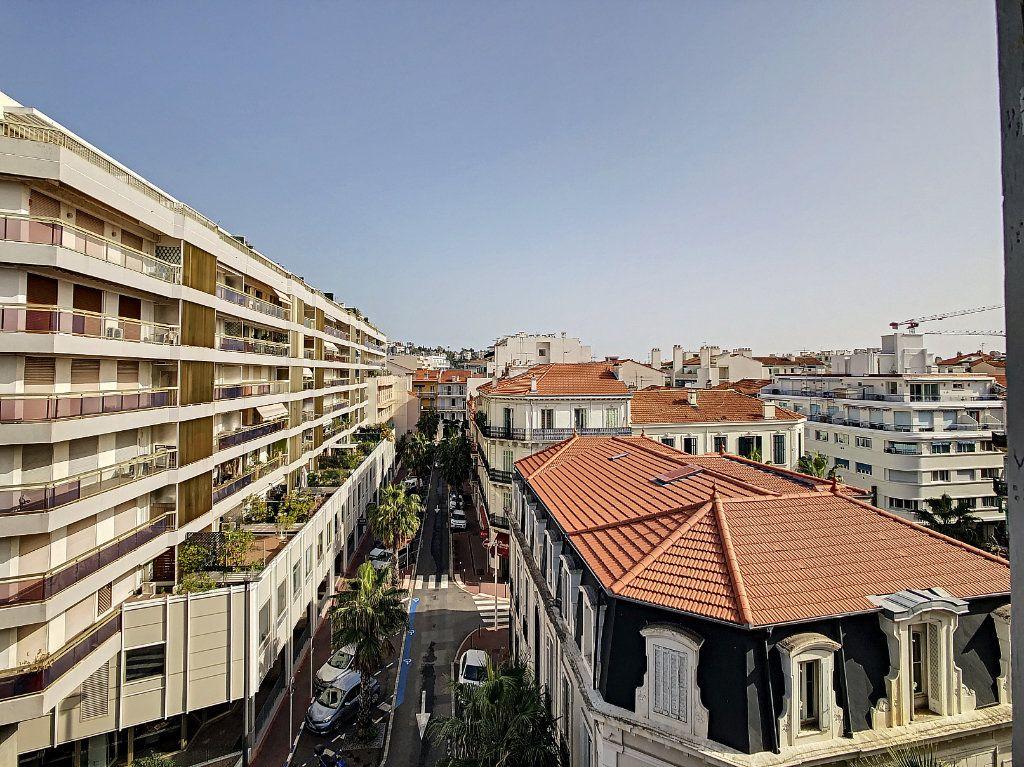 Appartement à vendre 2 47.37m2 à Cannes vignette-1