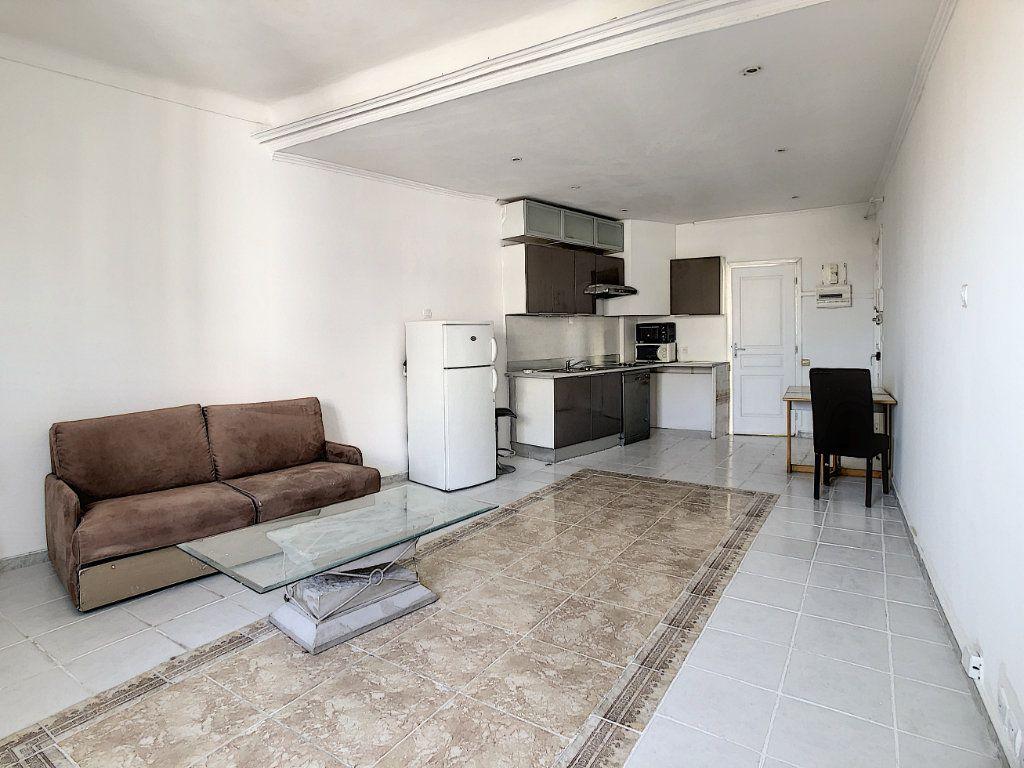 Appartement à vendre 2 47.37m2 à Cannes vignette-4