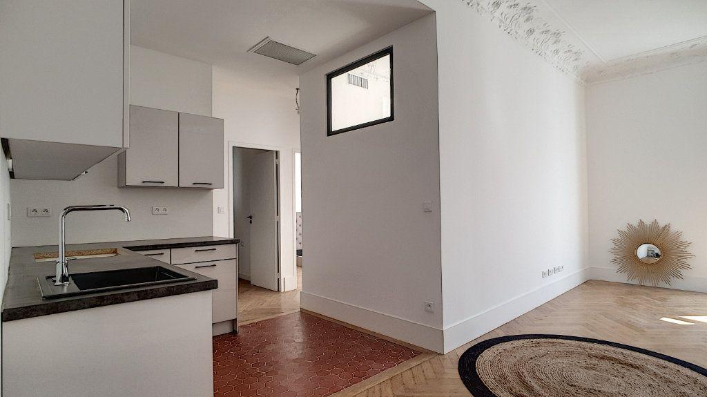 Appartement à vendre 3 55m2 à Cannes vignette-6