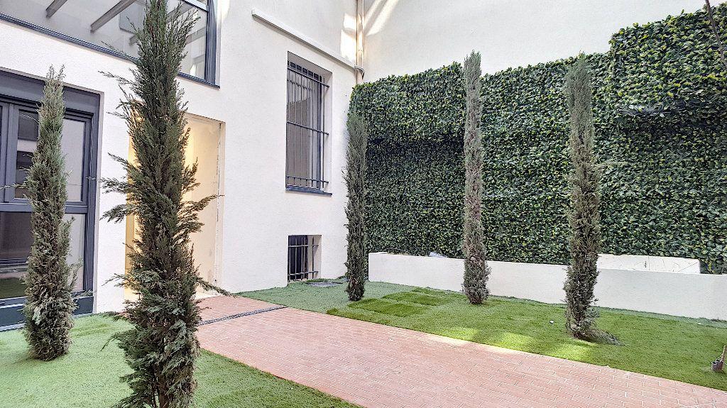 Appartement à vendre 2 37m2 à Cannes vignette-3