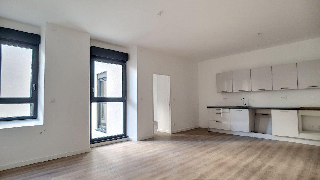 Appartement à vendre 2 46m2 à Cannes vignette-1