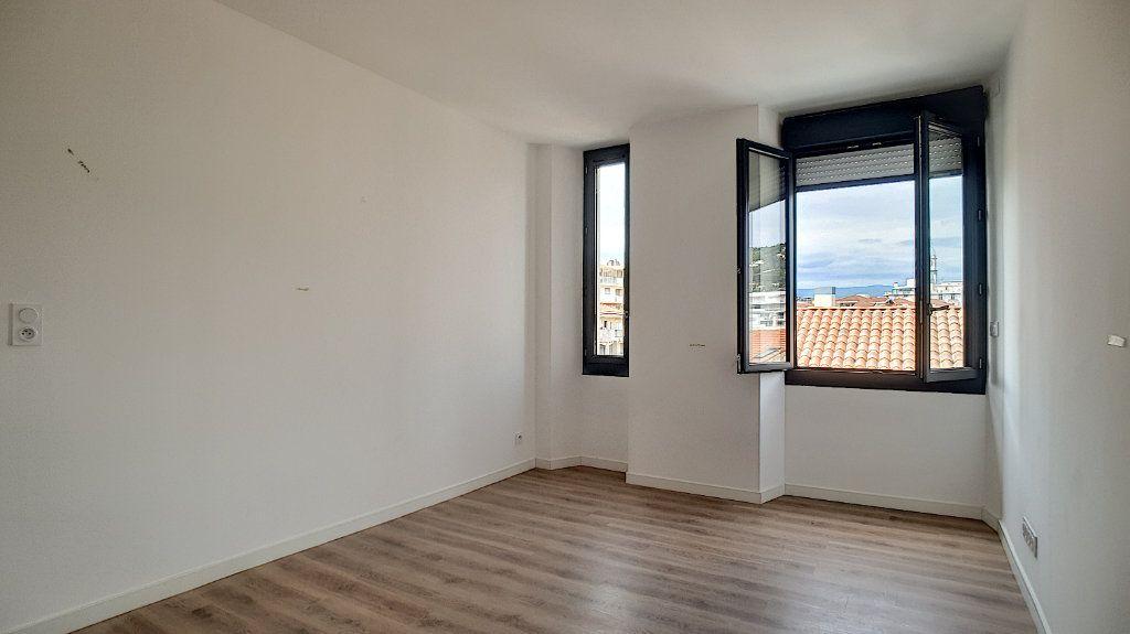 Appartement à vendre 2 37.3m2 à Cannes vignette-7