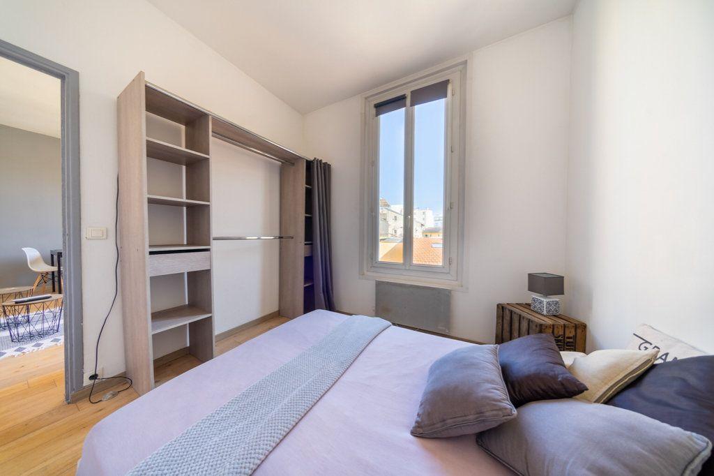 Appartement à vendre 2 37.88m2 à Cannes vignette-9