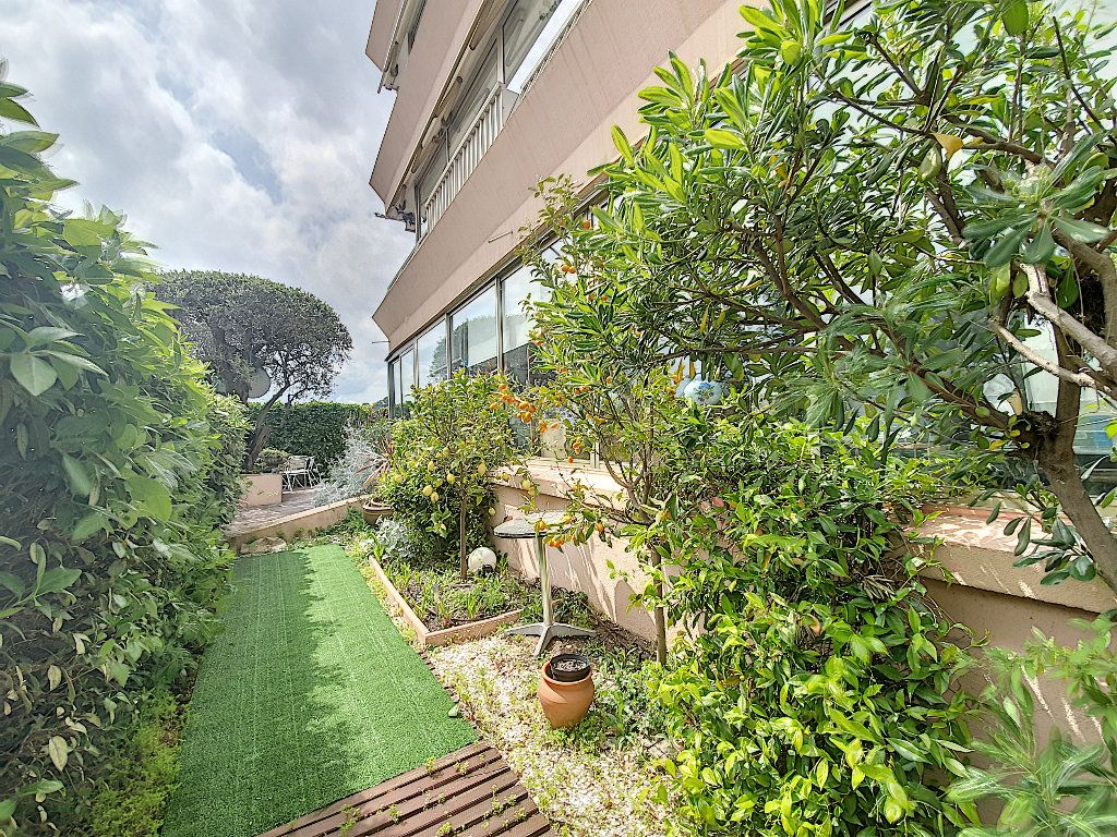 Appartement à vendre 5 108.62m2 à Grasse vignette-9