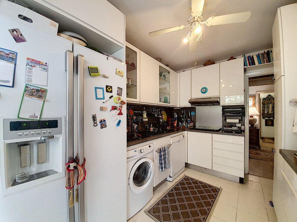 Appartement à vendre 5 108.62m2 à Grasse vignette-10