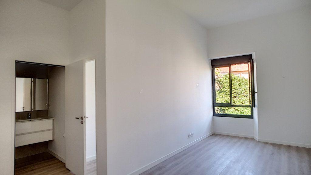 Appartement à vendre 2 36m2 à Cannes vignette-1