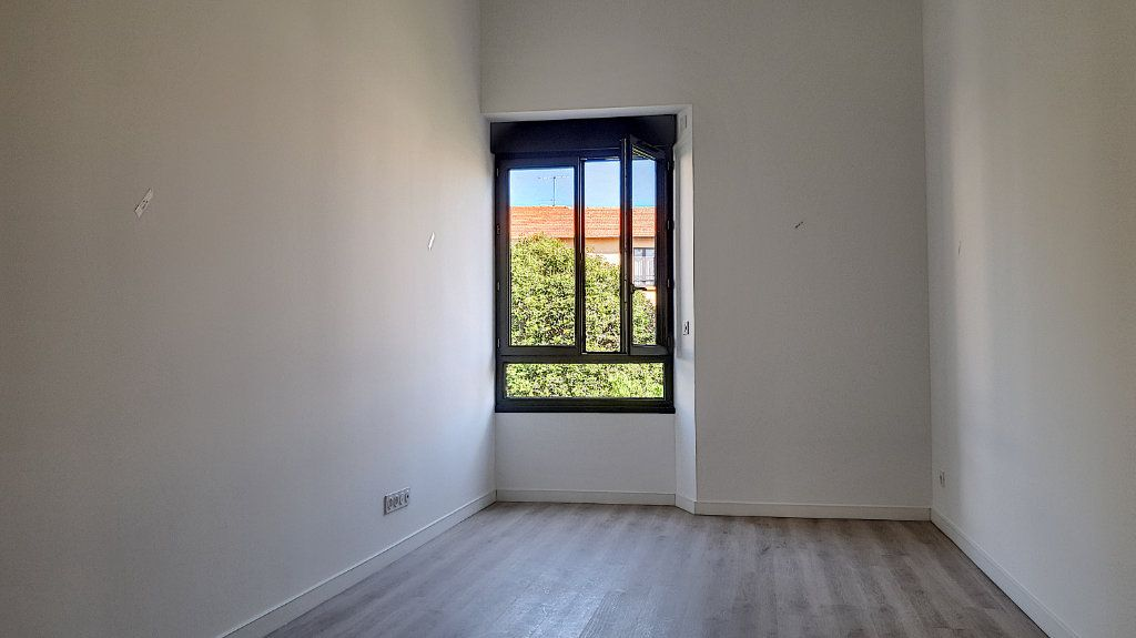 Appartement à vendre 2 36m2 à Cannes vignette-2
