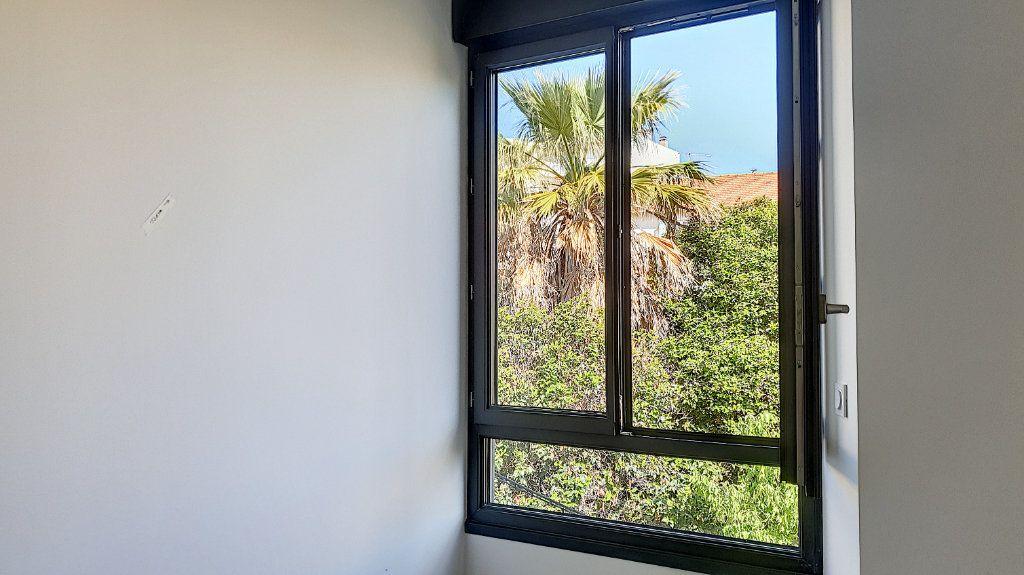 Appartement à vendre 2 36m2 à Cannes vignette-6