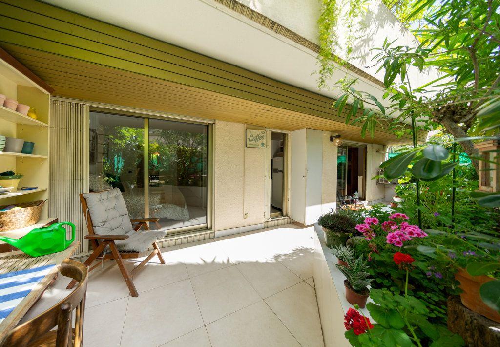 Appartement à vendre 2 50.96m2 à Cannes vignette-1