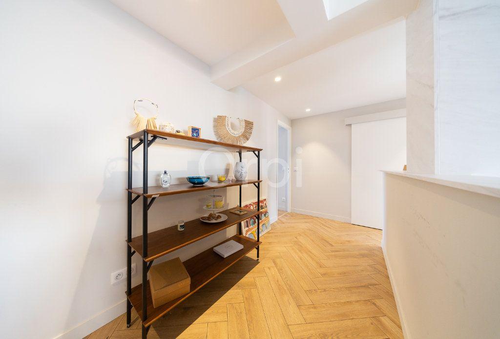 Appartement à vendre 3 72.95m2 à Cannes vignette-7