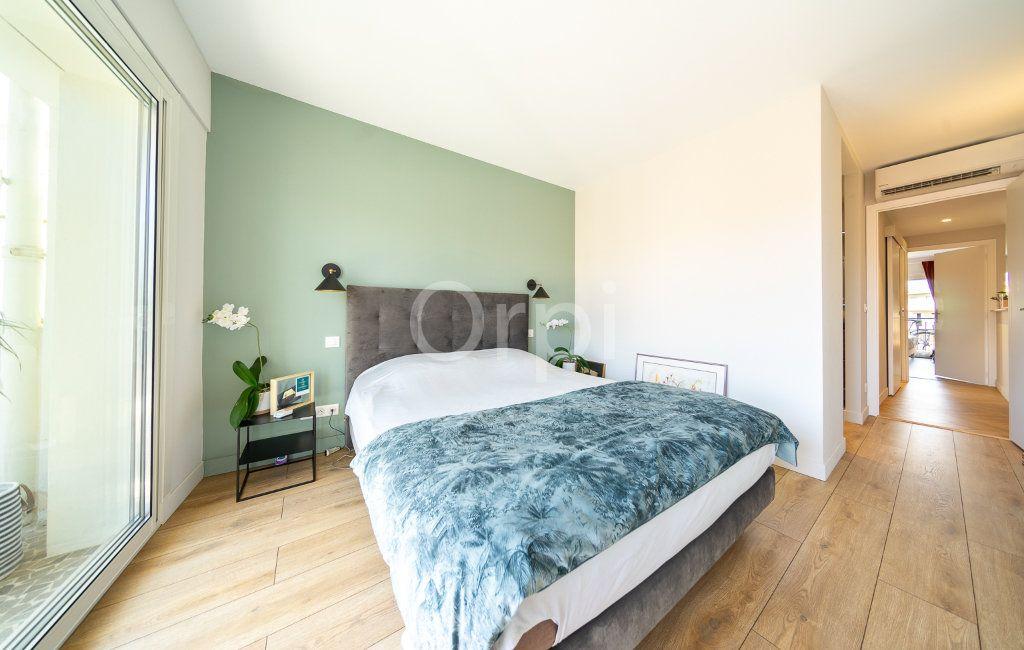 Appartement à vendre 3 72.95m2 à Cannes vignette-8