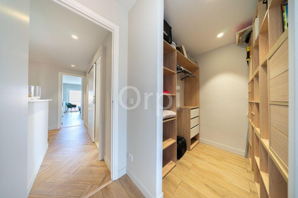 Appartement à vendre 3 72.95m2 à Cannes vignette-13