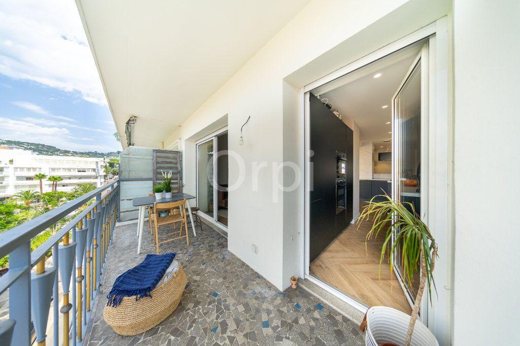Appartement à vendre 3 72.95m2 à Cannes vignette-14