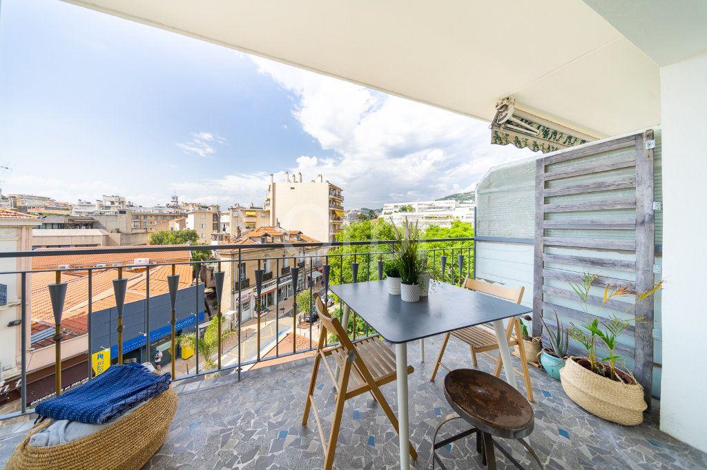 Appartement à vendre 3 72.95m2 à Cannes vignette-15